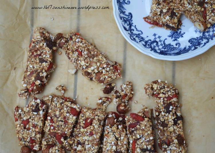 homemade granola bars recipe fitness.jpg