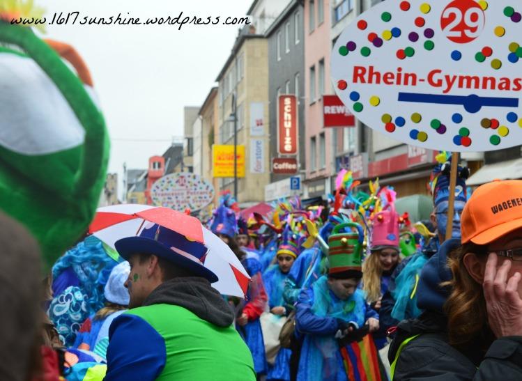 colorful carnival cologne 2016 parade