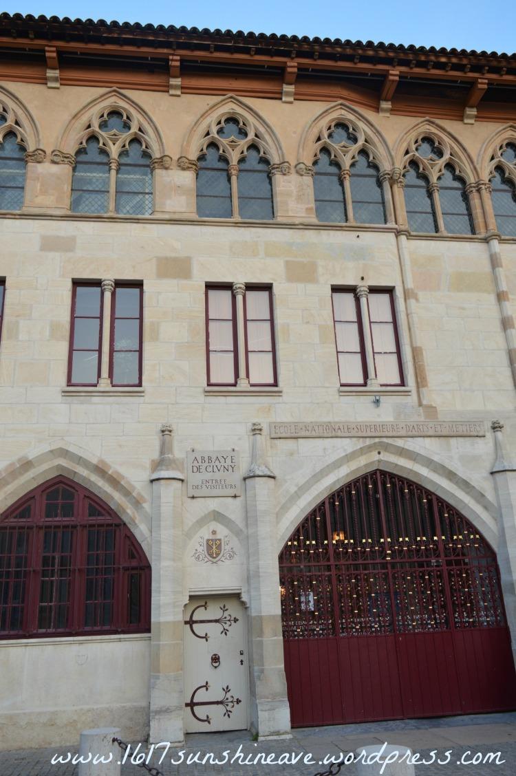 abbaye du cluny architecture