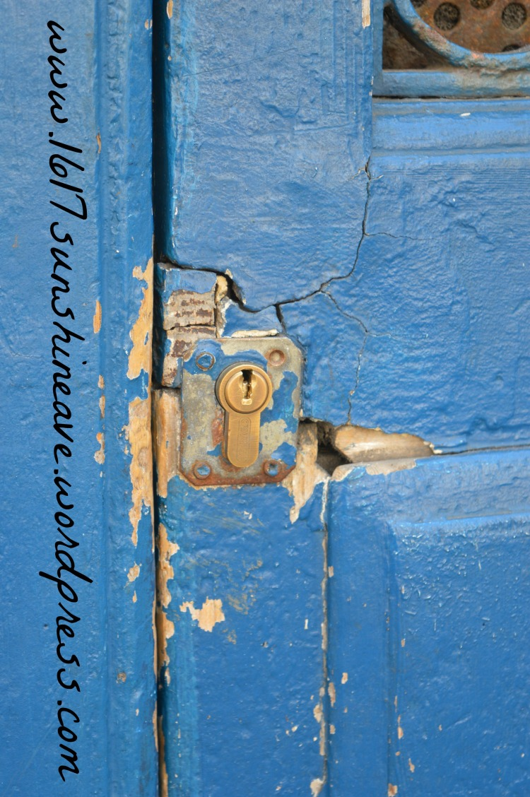 door in la rochelle france photography detail key hole blue