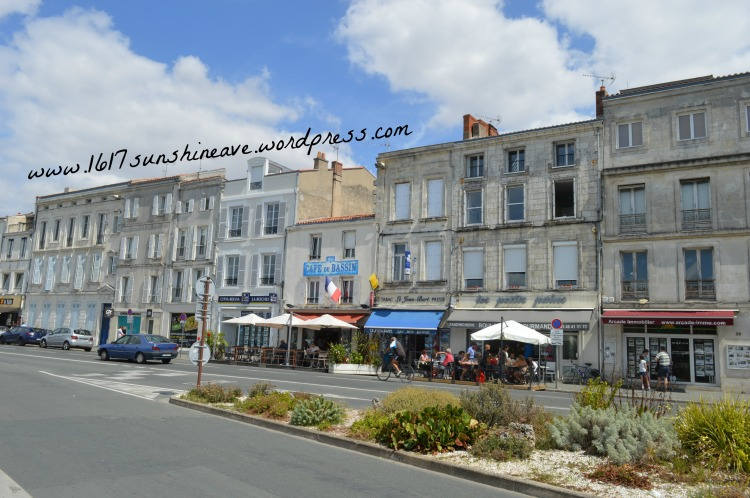 la rochelle houses avenue shops architecture france