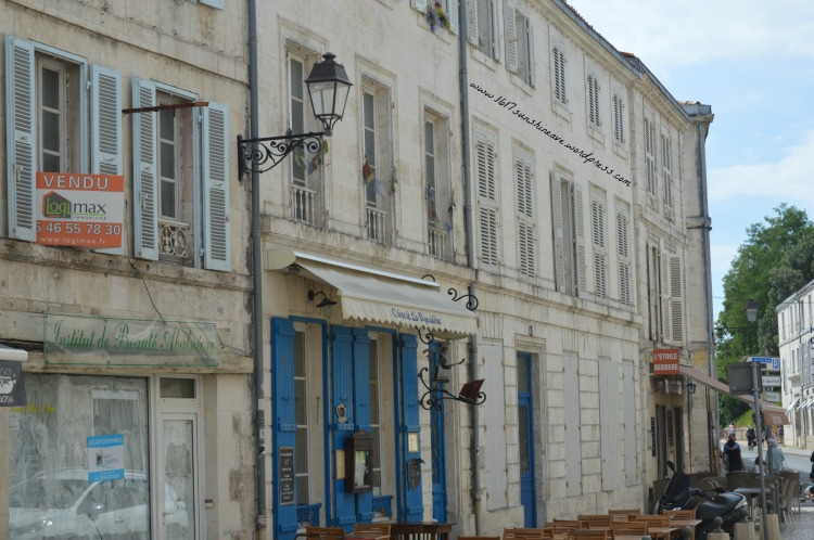 la ville blanche la rochelle france architecture 1617 sunshine avenue blog tips travel