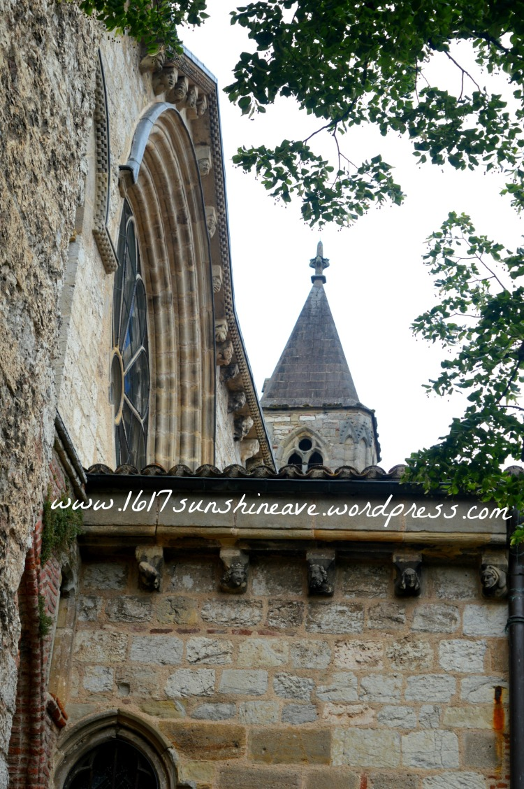 travel-photography-in-cahors-france-cathedral