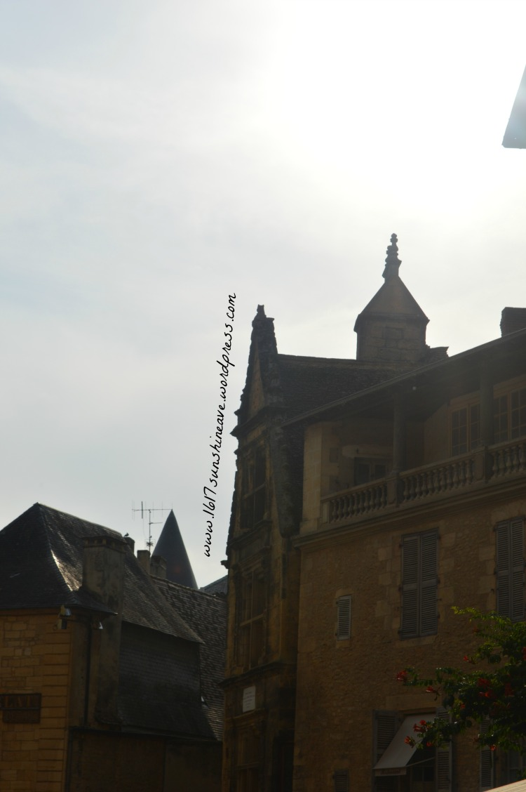 what-to-see-in-sarlat-la-caneda-france-diary