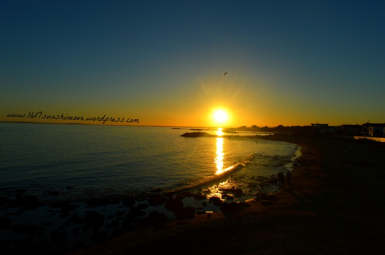 magnificent-sunset-in-le-cap-d-agde-pres-des-pyrenees-france-spain