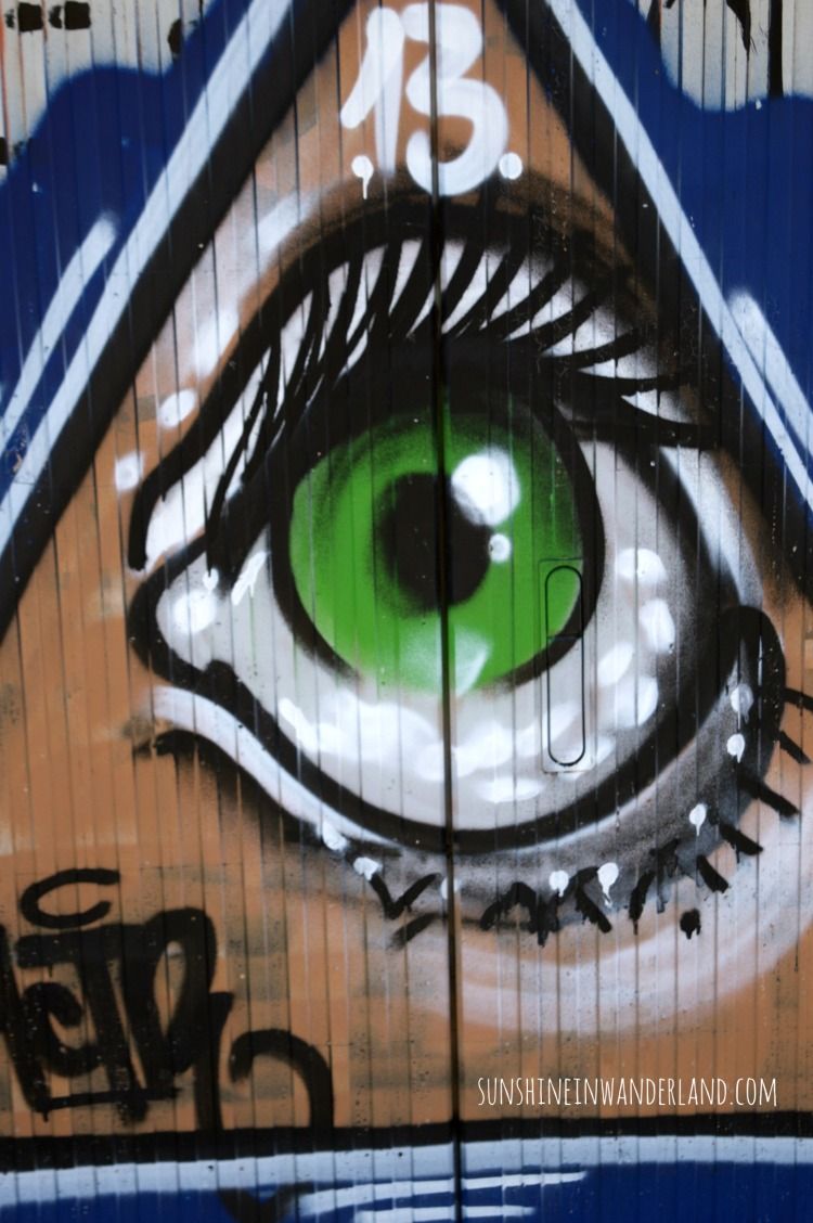 street art photography big eye leipzig